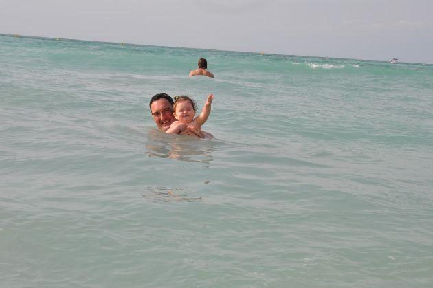 В ноябре в Дубае продолжается полноценный пляжный сезон, особенно в первой половине месяца