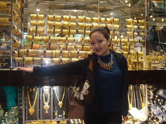 Если Вы давно хотели приобрести красивые золотые вещи, то Золотой рынок в Дубае как раз для Вас