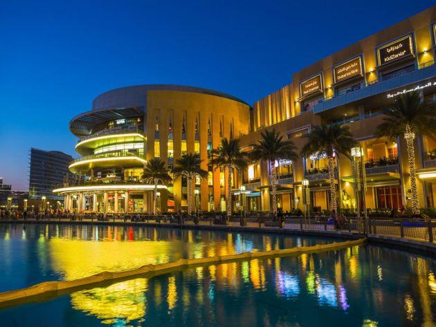 Благодаря грамотной экономической политике правителей ОАЭ Дубай радует туристов необыкновенным изобилием товаров по невероятно приятным ценам