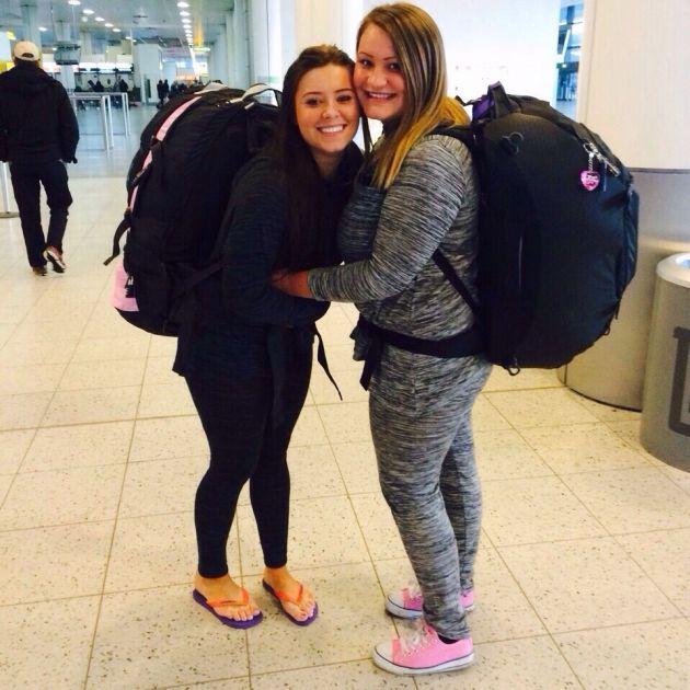 Собираетесь в ОАЭ и не знаете чем упаковать Ваши чемоданы? Попробуем разобраться!