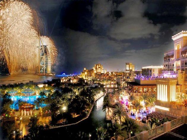 Если в Эмиратах за что-то берутся, то делают оочень хорошо.. и празднование Нового года в ОАЭ не исключение!