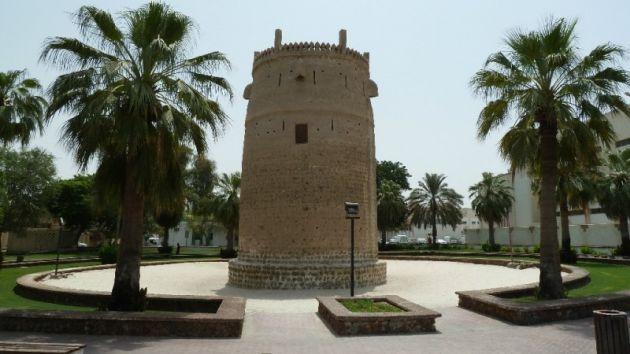 Сторожевая башня Бурдж Нахар - еще одно интересное историческое место в Дейре
