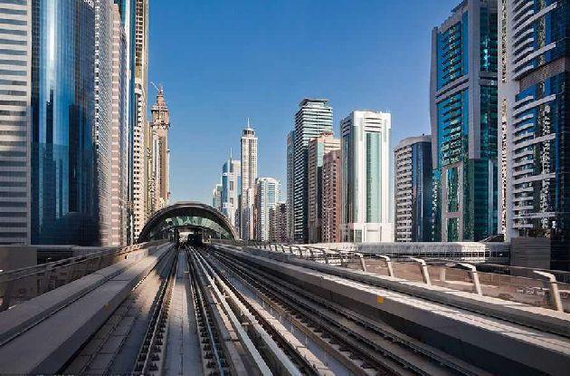 Из всех эмиратов ОАЭ в Дубае общественный транспорт развит, как нам кажется, лучше всего
